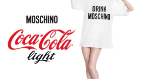 vinci t-shirt Moschino con Coca Cola Light
