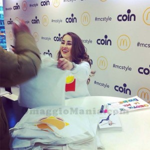 T-shirt McDonald's da Carlotta Ferito