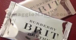 tessere profumate Burberry ricevute gratis da Lorenza