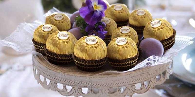 omaggio Ferrero Rocher per la tua tavola