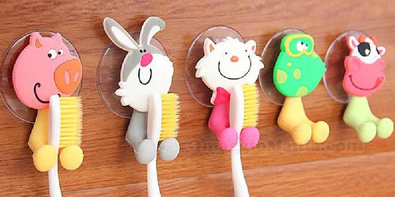 Porta spazzolino divertente in omaggio omaggiomania - Porta testine spazzolino ...