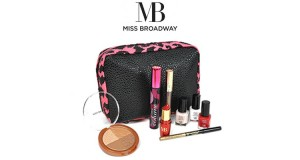 pochette con kit di prodotti Miss Broadway