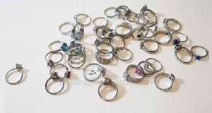 vinci anello con JewelCandle