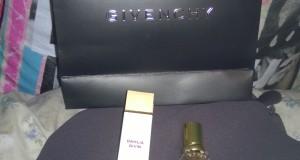 campione omaggio Givenchy ritirato da Silvia
