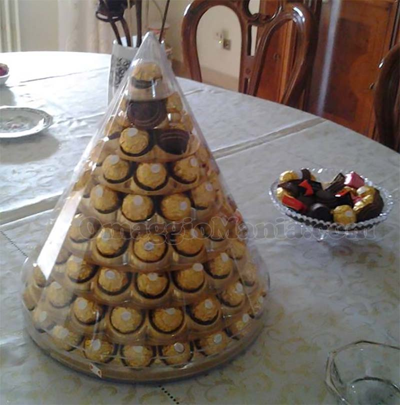 piramide Ferrero Rocher vinta da Angela