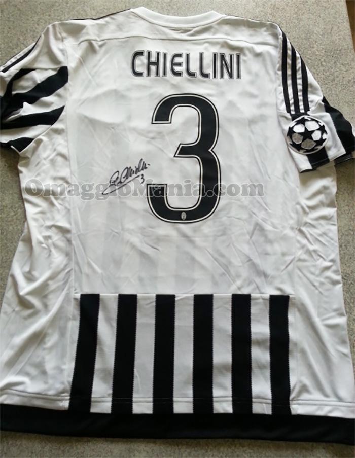 maglietta Juventus autografata da Giorgio Chiellini