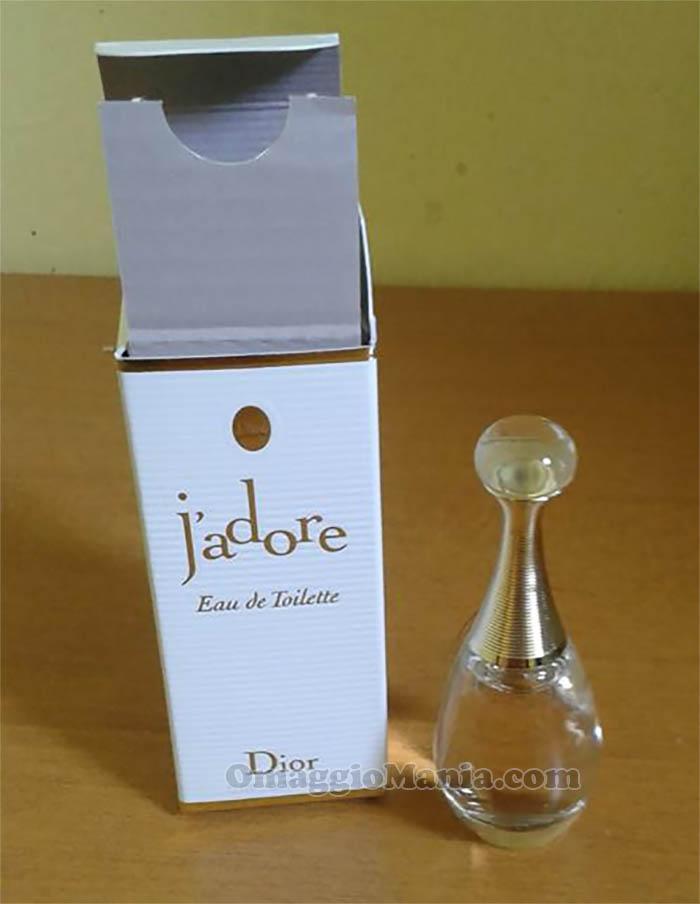 mini taglia J'Adore Dior di Grazia
