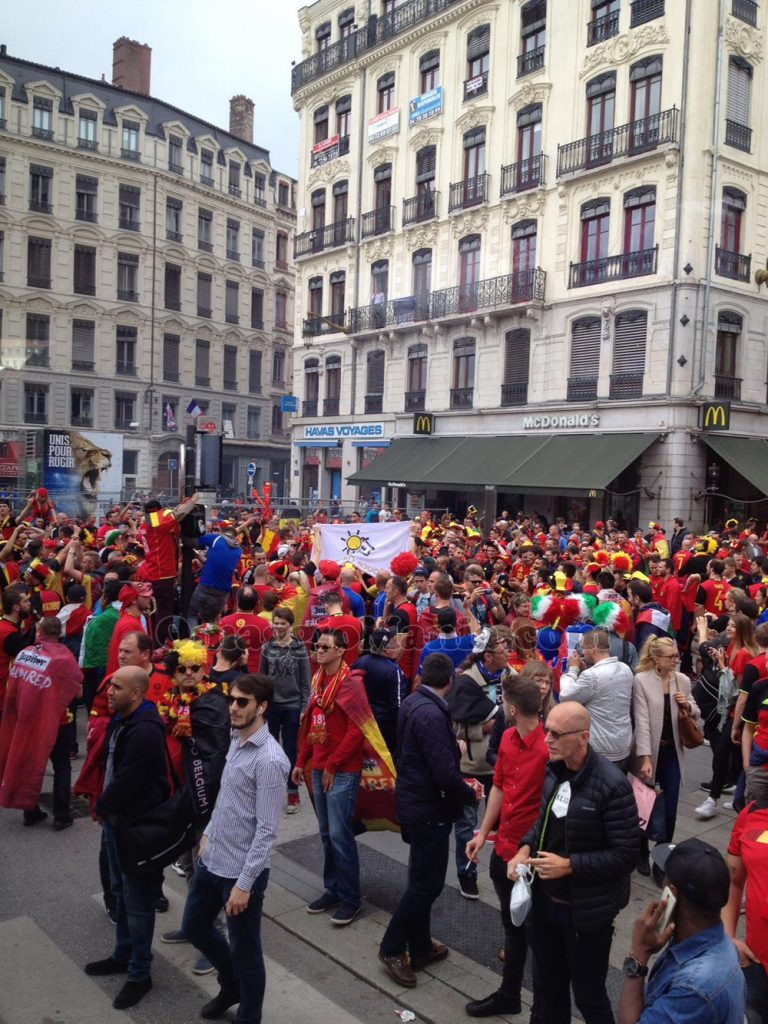 tifosi Belgio e Italia a Lyon