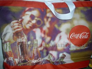 borsa mare Coca Cola di Nadia