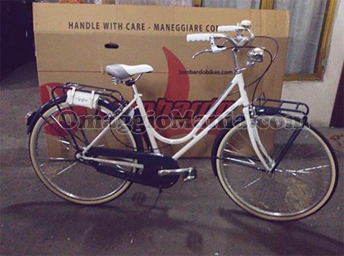 bicicletta Lombardo Sanremo di Vanessa con Algida