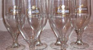 bicchieri da birra Birra Peroni omaggio di Candy