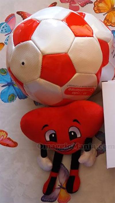 peluche e pallone omaggio di Milli da Mondo Convenienza