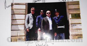 foto autografata dagli attori di Montalbano
