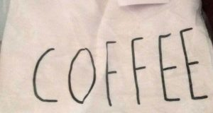 t-shirt Happiness di Nadia con Palmolive