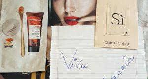 Vanity Fair 38 con campioncino Botanical e Giorgio Armani di Rosa