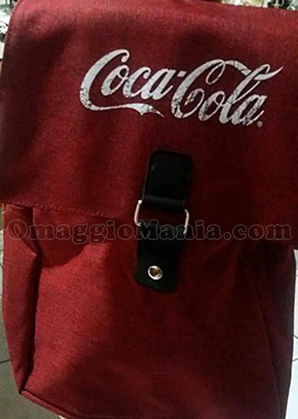 nuovo concetto db2a5 0e2a3 Zaino Coca Cola - OmaggioMania