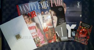 Vanity Fair 48 Glamour 305 con campioncino Yves Saint Laurent di Stefania