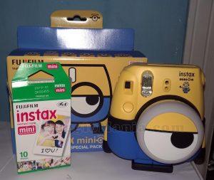 fotocamera Instax Minion di Federico Maria