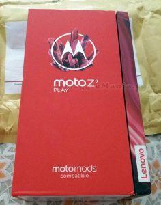 smartphone Motorola Z2 Play di Nadia 2