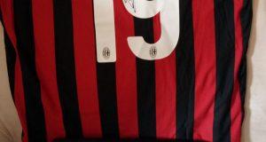 maglia del Milan autografata da Bonucci vinta da Sabina con Gi Group