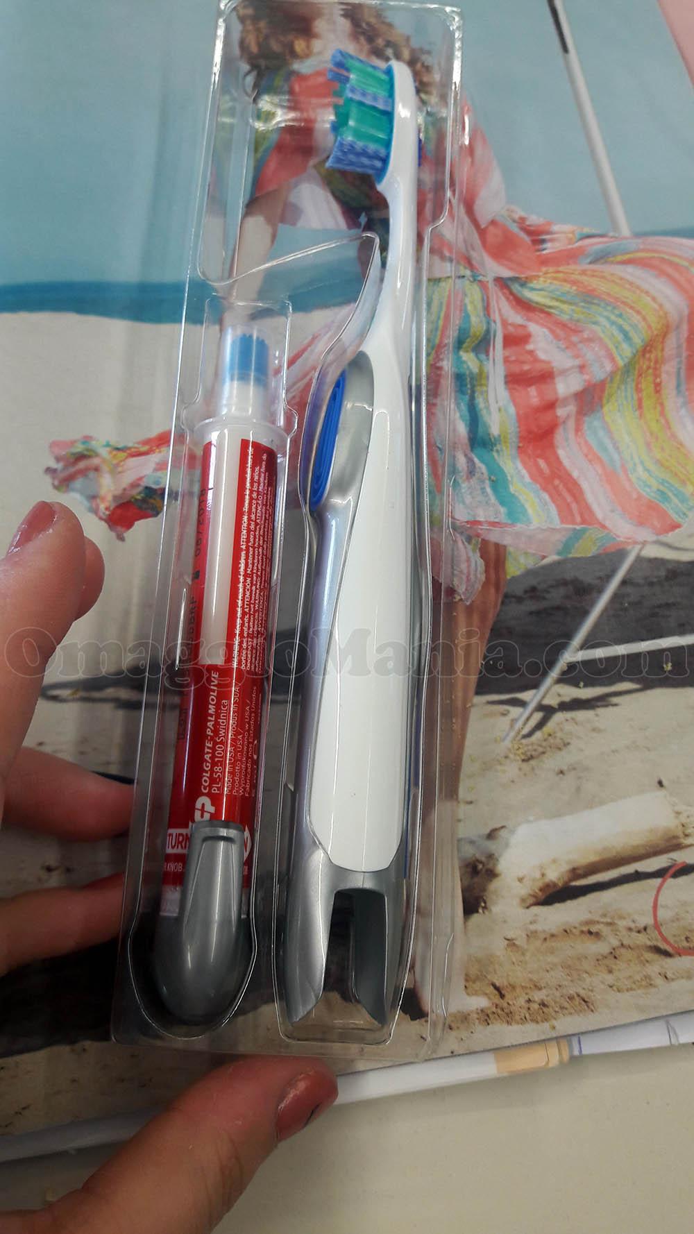 Spazzolino e penna sbiancante Colgate con TuStyle e Spy di Miriam