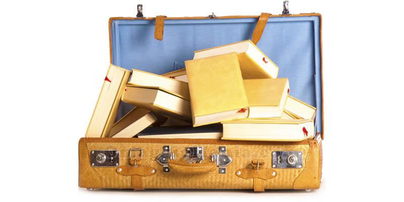 valigia trolley piena di libri