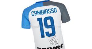 maglietta Inter con autografo Cambiasso