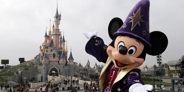 Vinci la magia con Sorrisi 2019: vinci gratis soggiorni a Disneyland ...