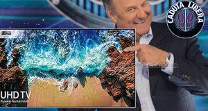vinci TV Samsung 49 con Caduta Libera di Gerry Scotti